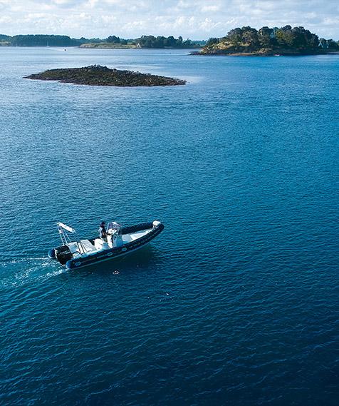 Croisière en mer avec le bateau TCH-ILES dans le Golfe du Morbihan